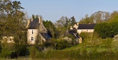 Tour Saint-Michel. Abbaye de Bellebranche